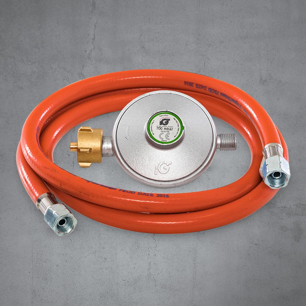 Collegare il riscaldatore a parete del propano